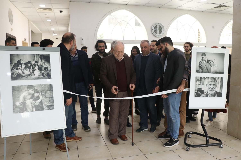 افتتاح معرض وجوه للصور في جامعة العلوم والآداب اللبنانية