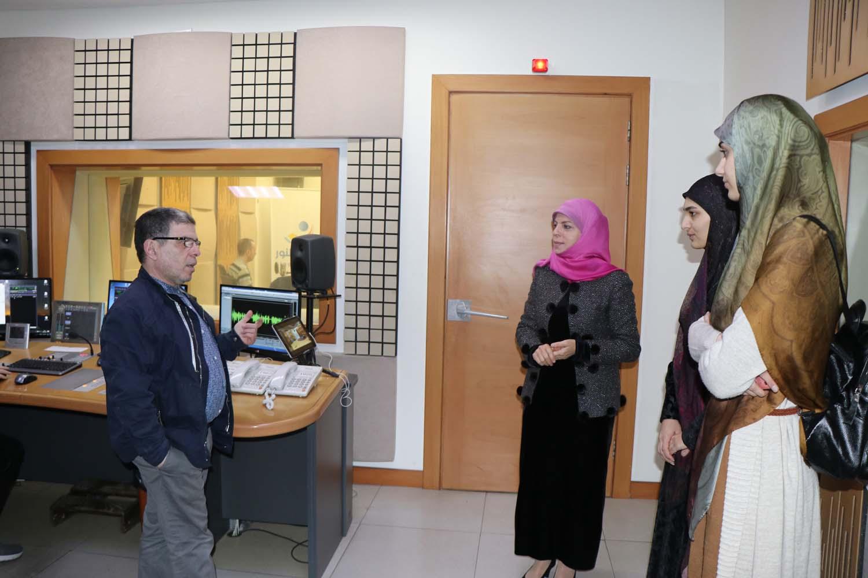 A visit to Al-nour radio زيارة إلى اذاعة النور